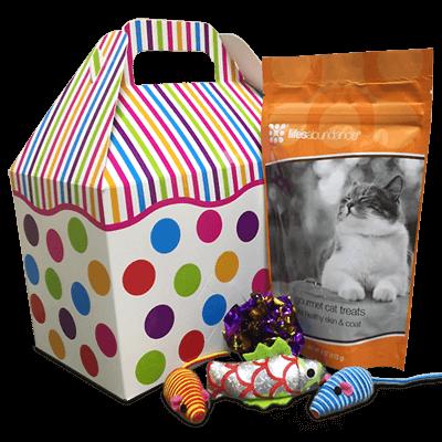 lifes-abundance-cat-basket-that-doggy-chi-shop