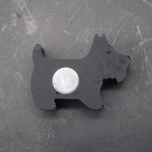 shungite-dog-magnet
