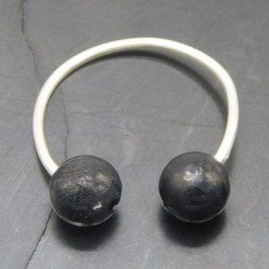 shungite-and-silver-ear-cuff