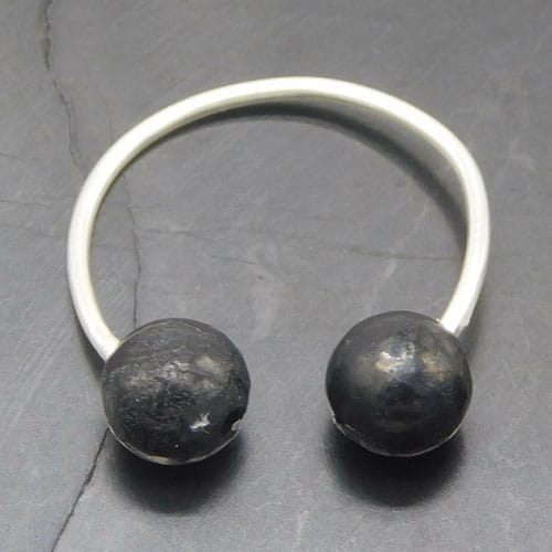 shungite-and-silver-ear-cuff